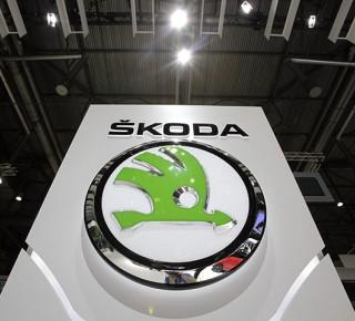 Ve ŠKODA AUTO nasadili nejnovější logistické roboty slovenského výrobce