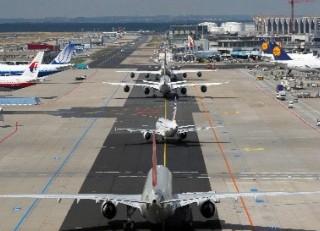 Letiště Václava Havla Praha uvedlo do zkušebního provozu nové stání pro dálková letadla