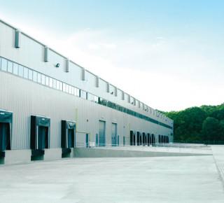 P3 expanduje na západ od Prahy akvizicí 10 000 m2 haly Arvato Services ve Stochově